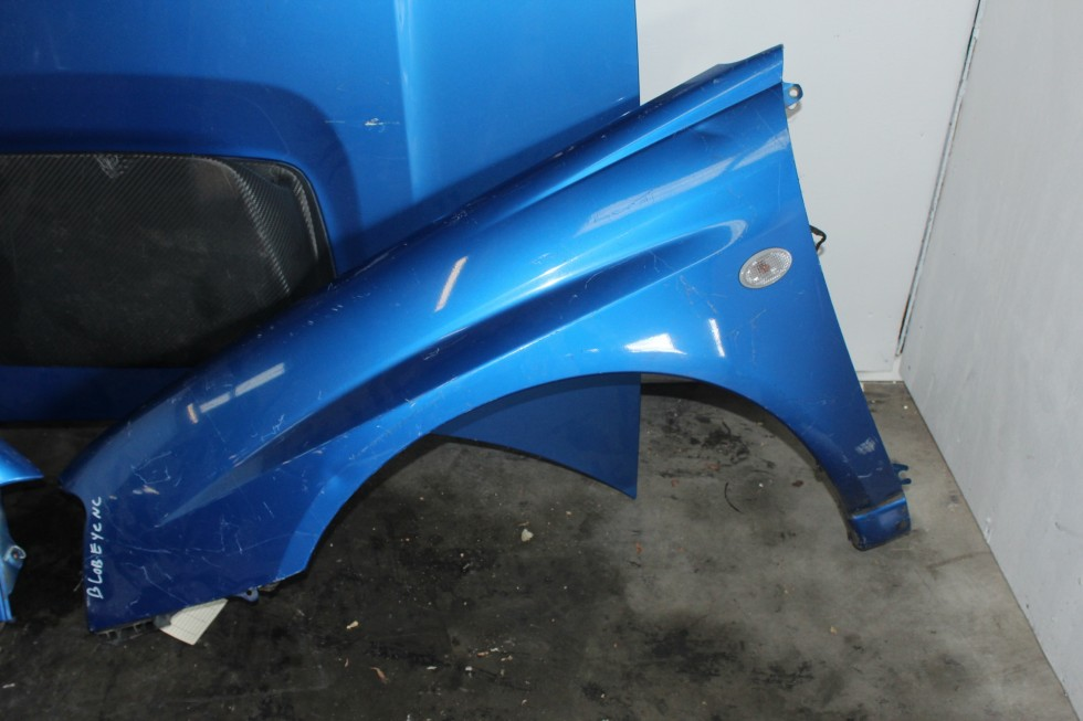 jdm subaru impreza wrx sti version 8 04 05 front end clip nose cut